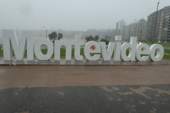 65 Montevideo in de regen 031